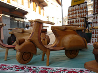 Vespa in wood